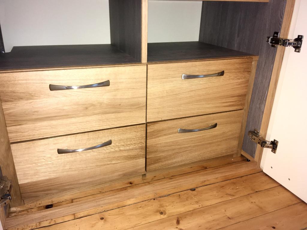 dressing penderie tiroir chene bois