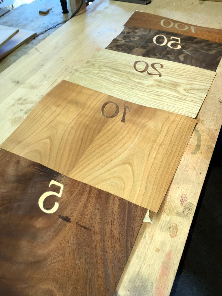 jeu en bois et marqueterie noyer acajou merisier chêne